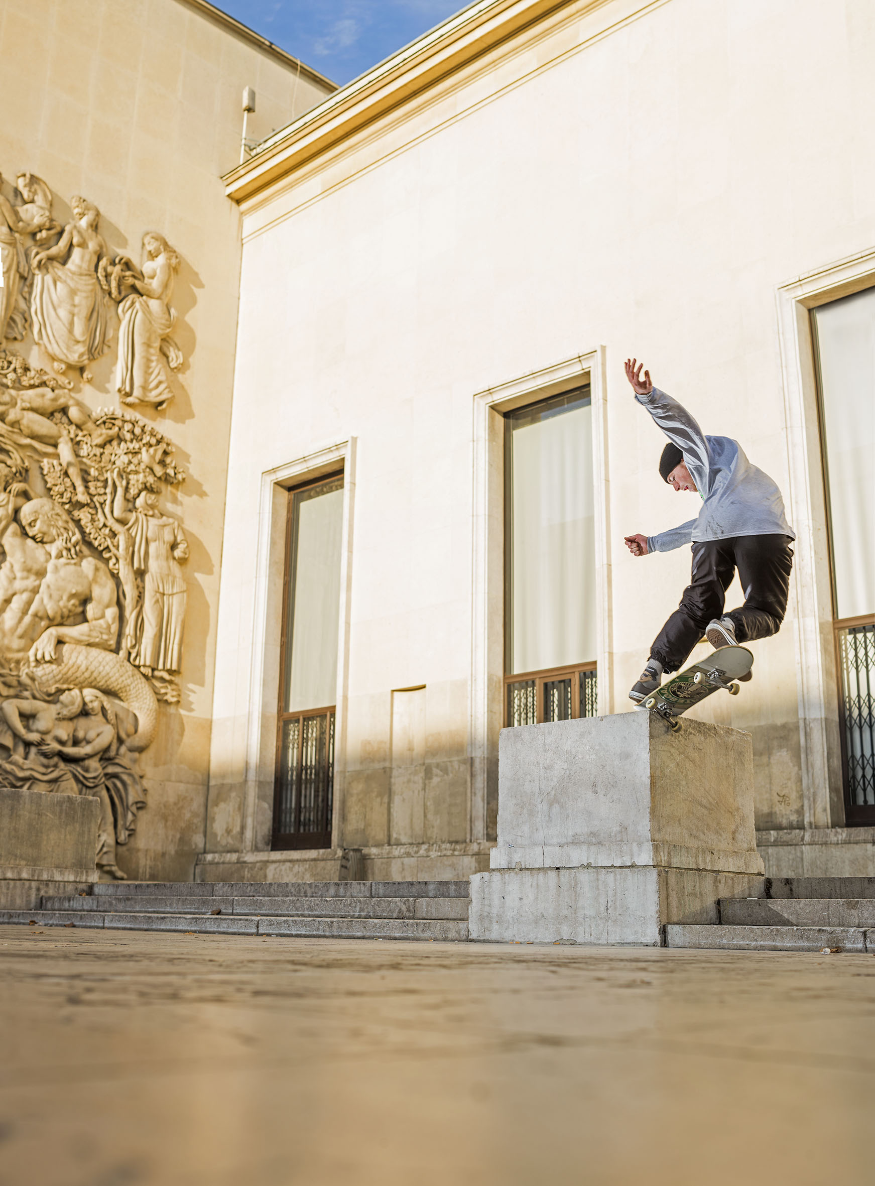 Mike Arnold - spanish grind