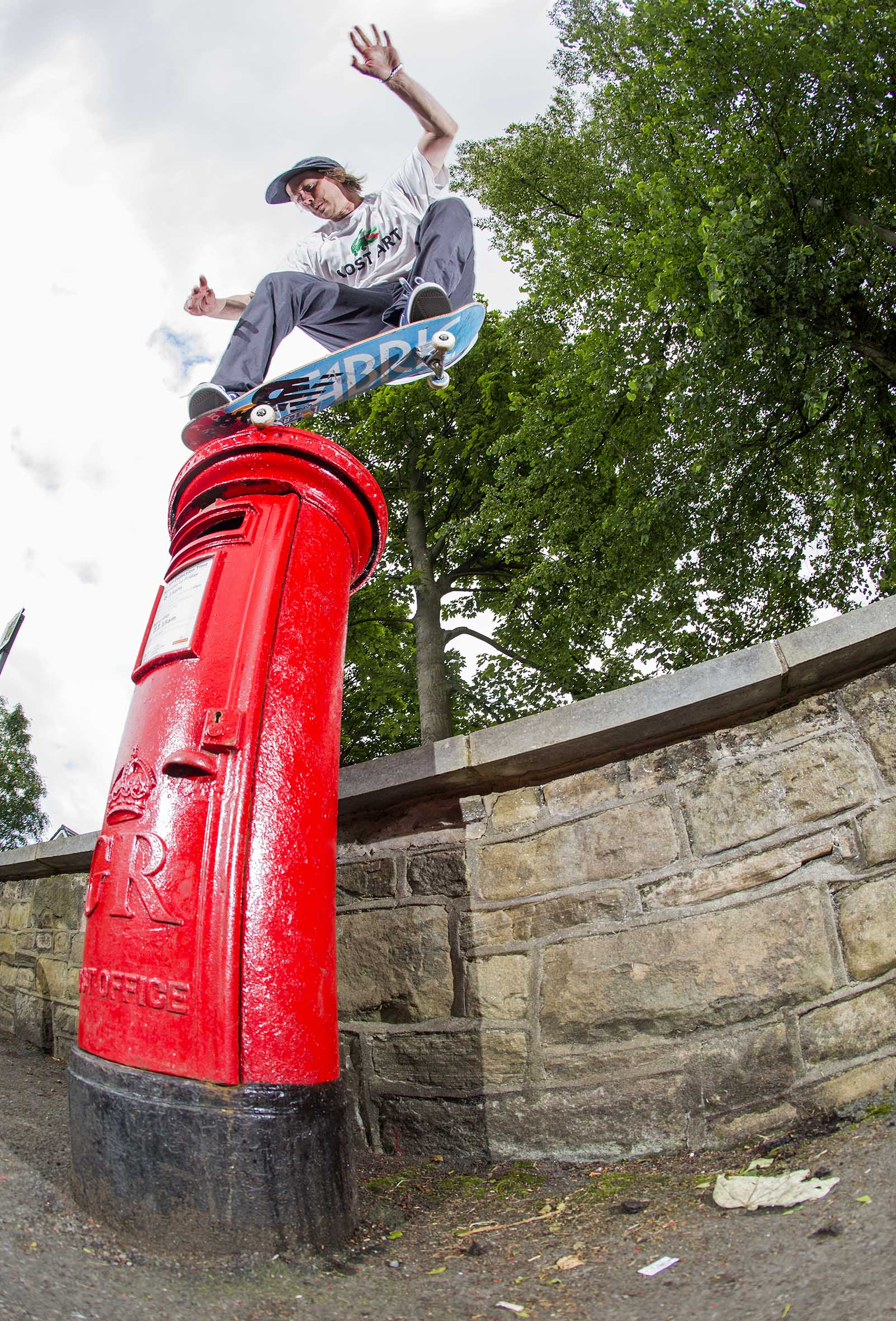 Mark Baines - postbox nosegrind