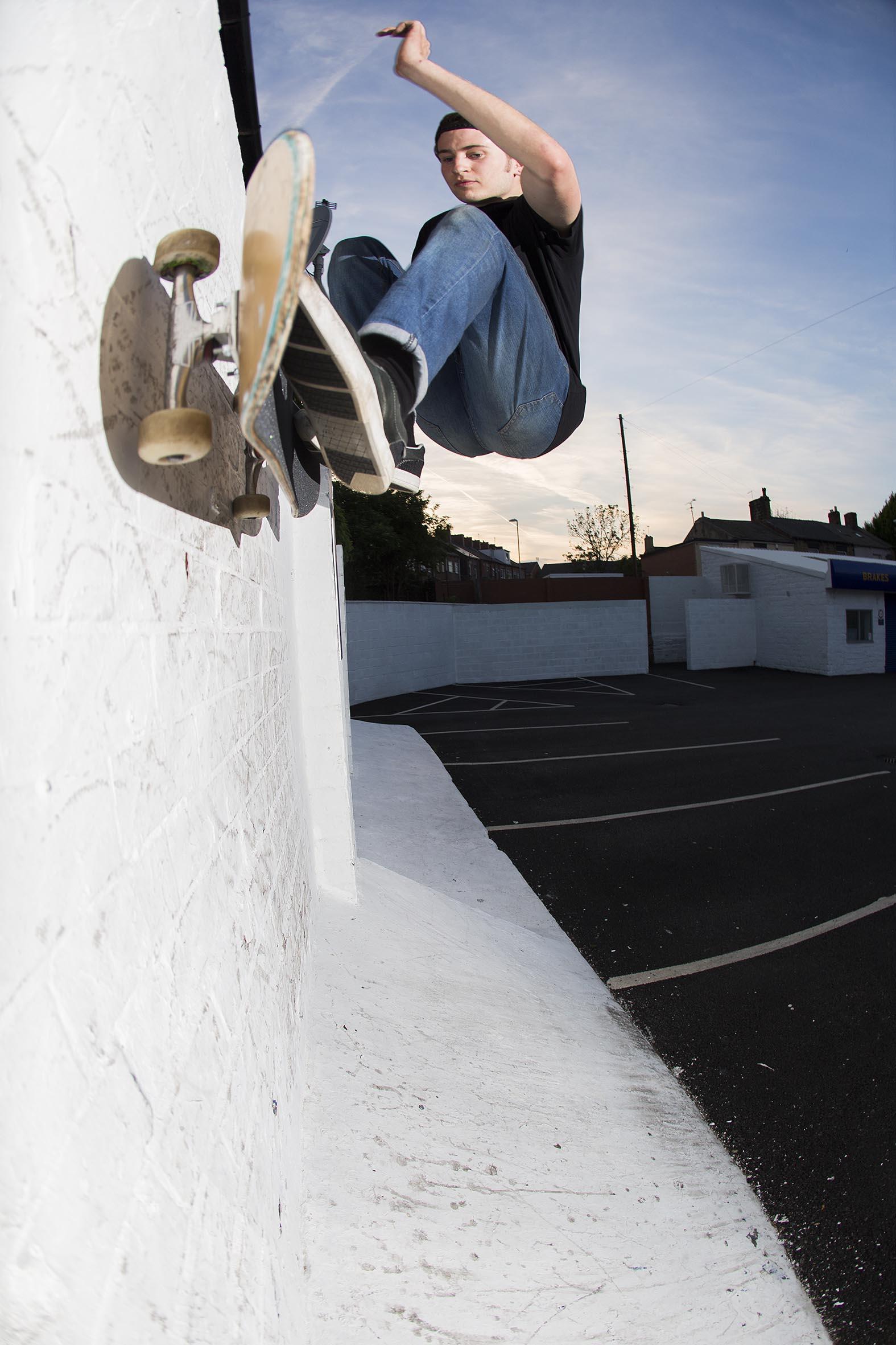 Myles Rushforth - frontside wallride