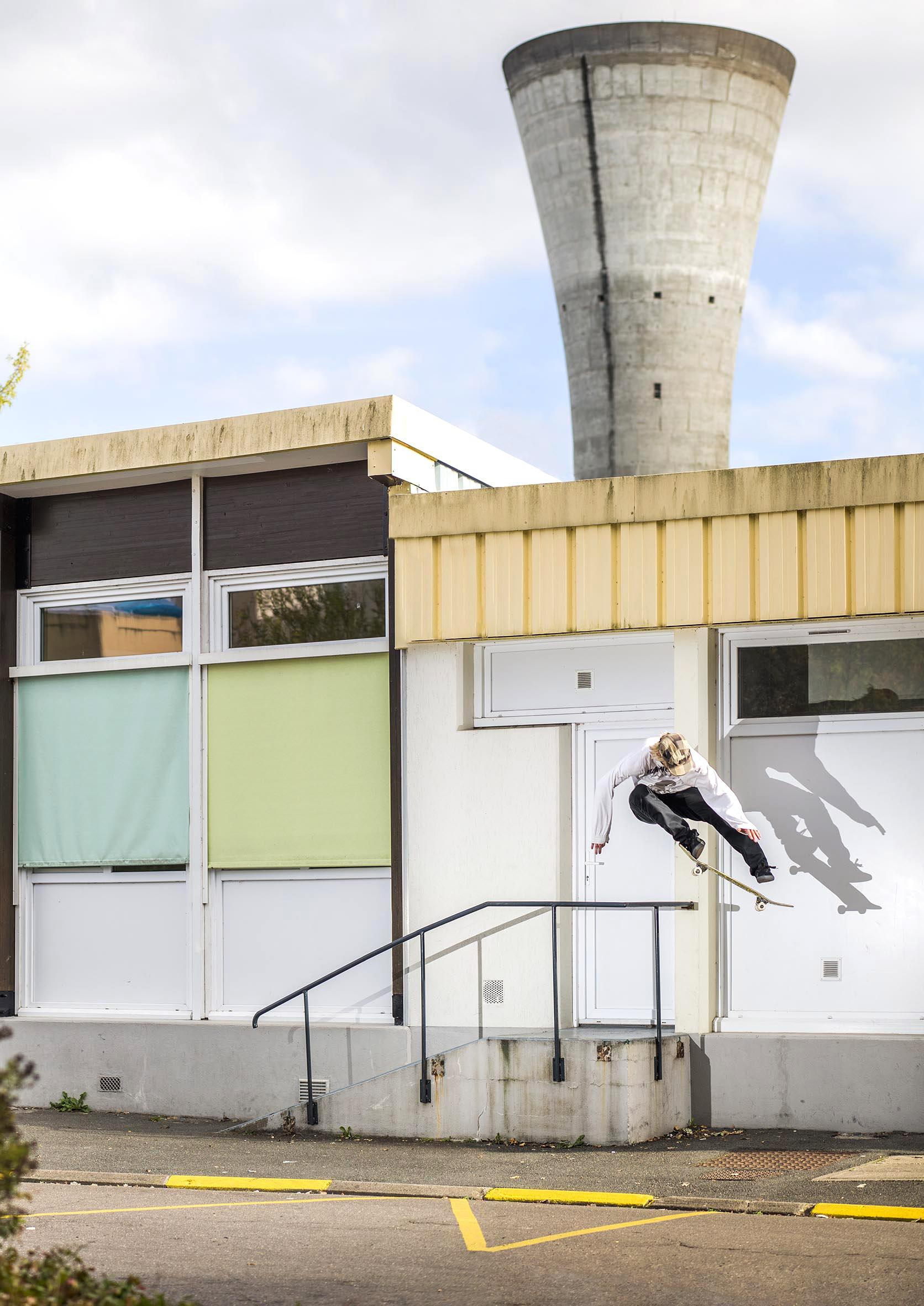 Jordan Sharkey - kickflip