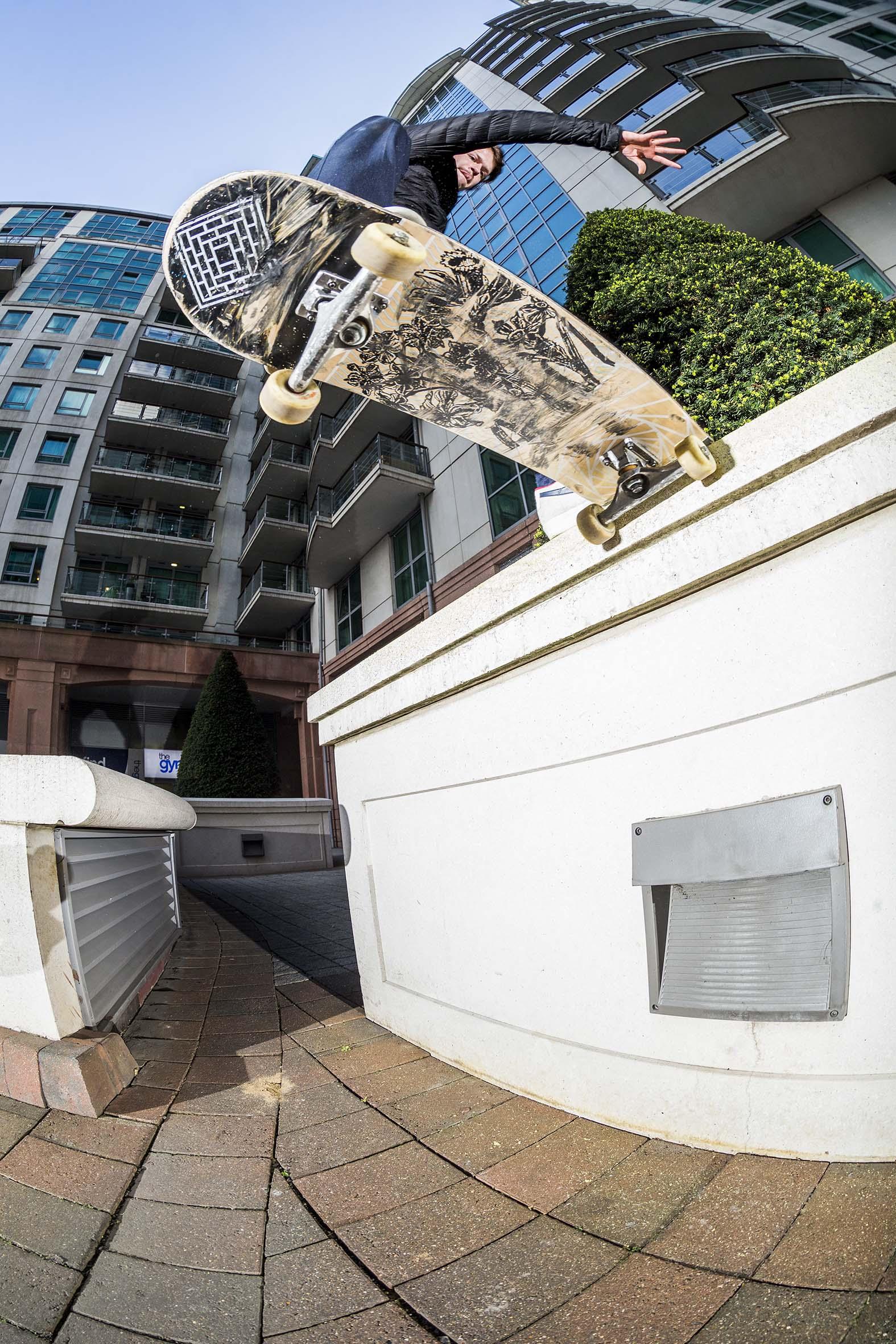Vaughan Jones - gap frontside tailslide