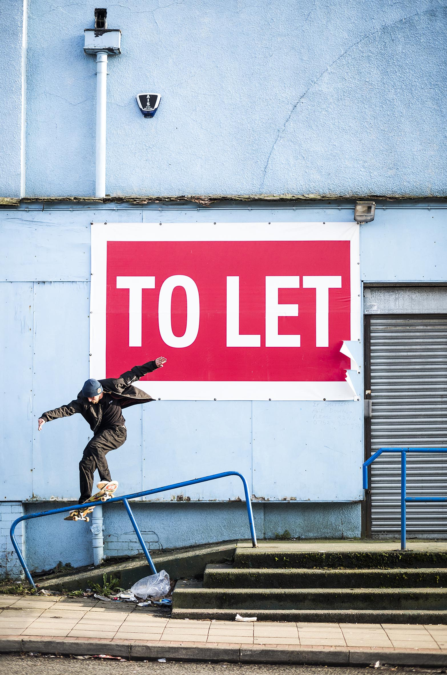Harry Lintell - frontside smith