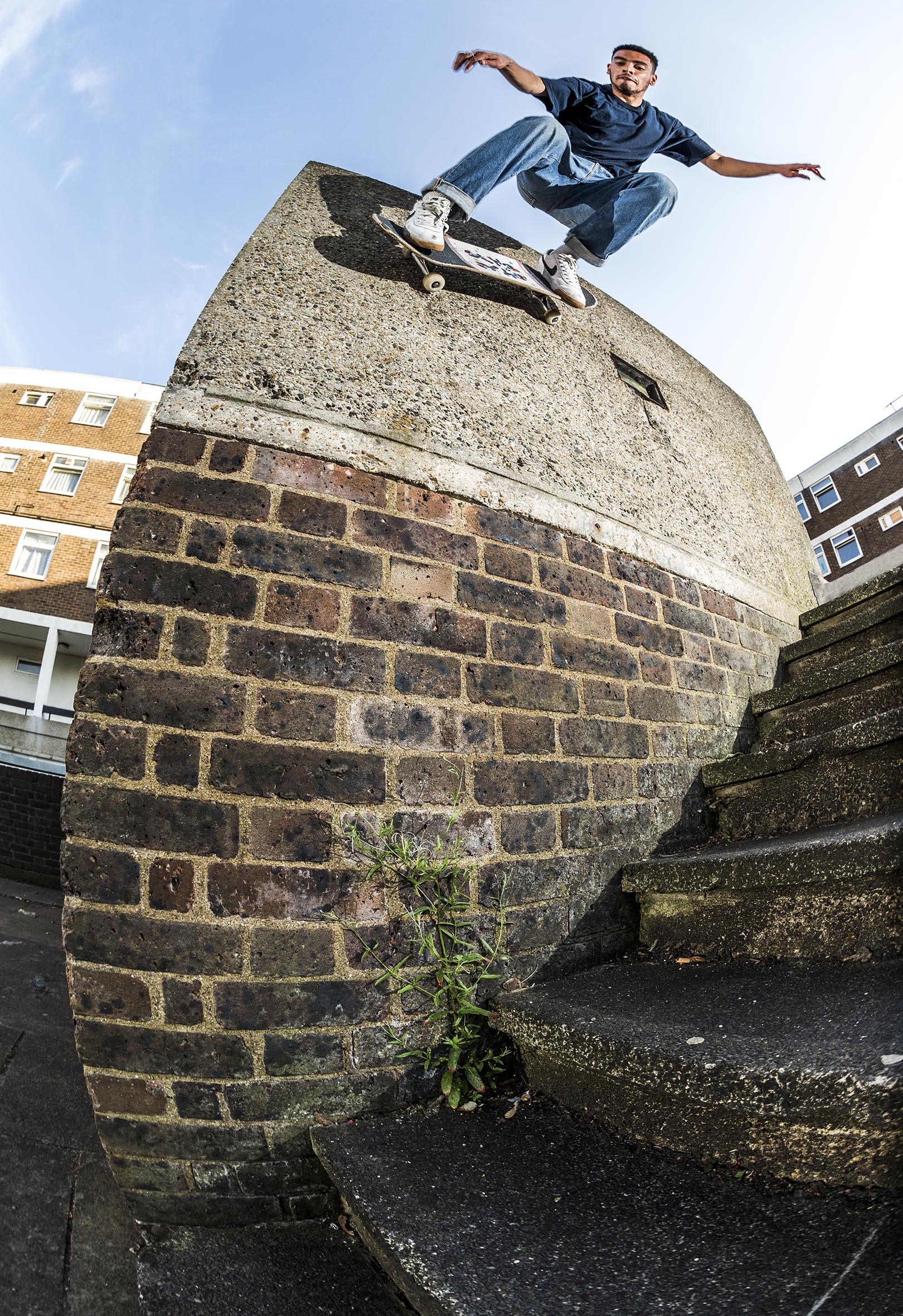 Kyron Davis - ollie over the gap to wallride