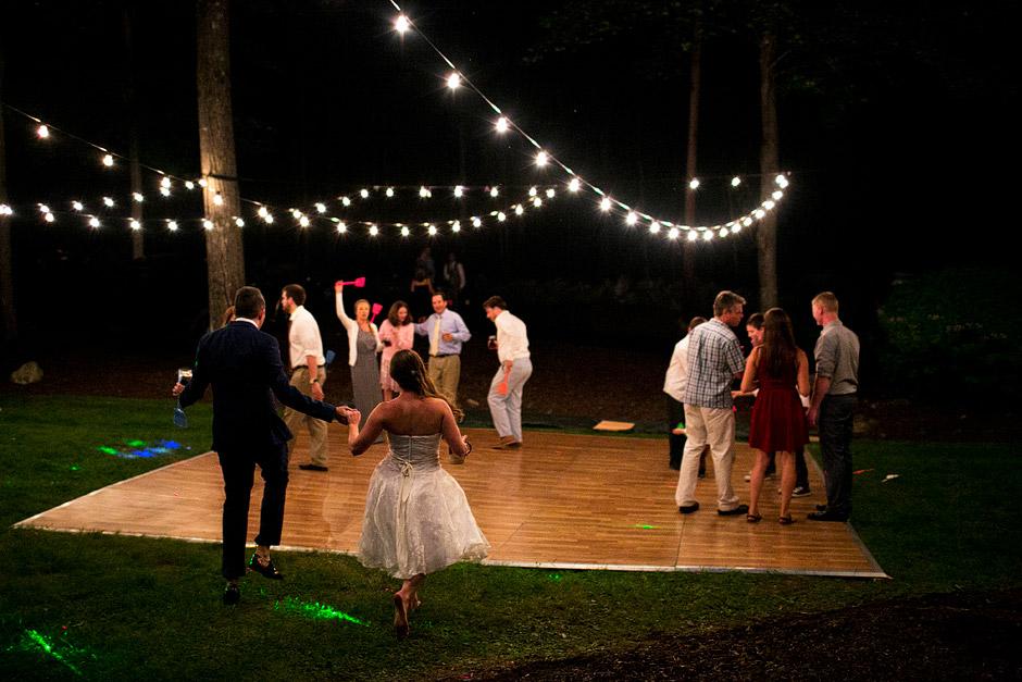 backyard wedding ceremony nh