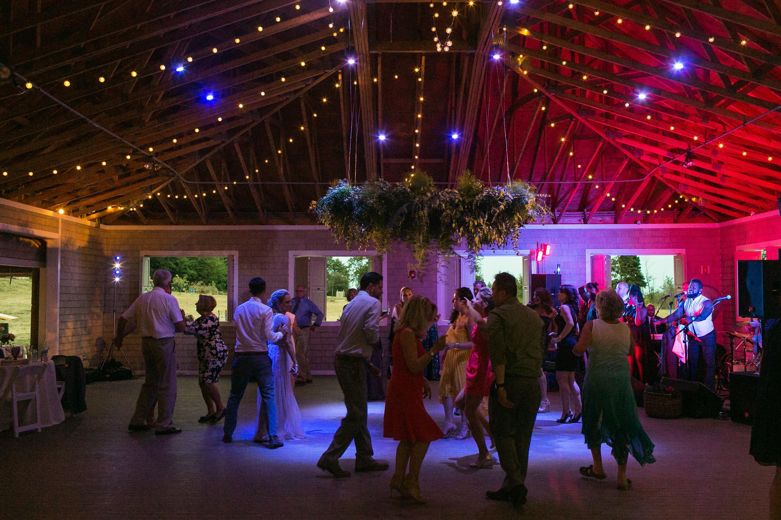 thompson-island-wedding-reception-dancing