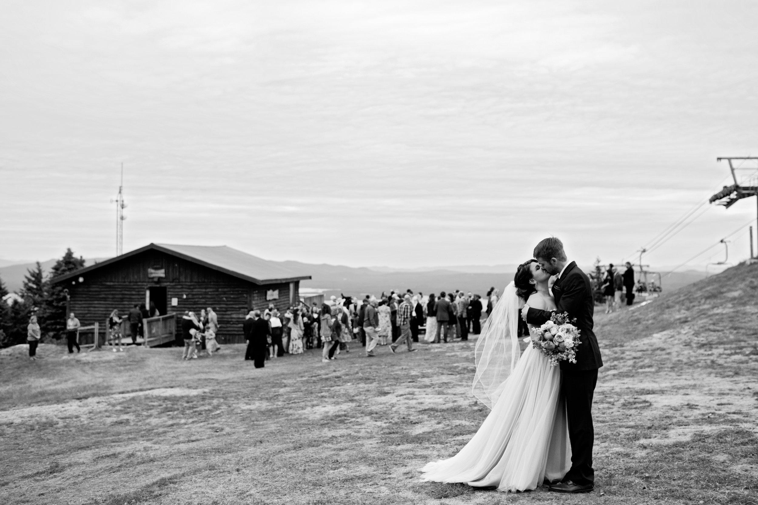 gunstock-mountain-resort-wedding-photos-01.JPG