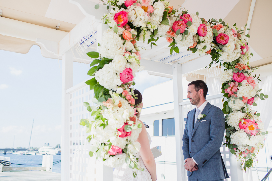 regatta-place-newport-ri-wedding--00009.jpg