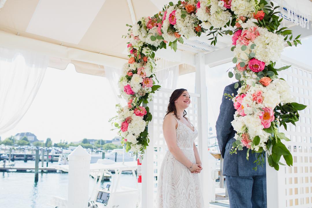 regatta-place-newport-ri-wedding--00010.jpg