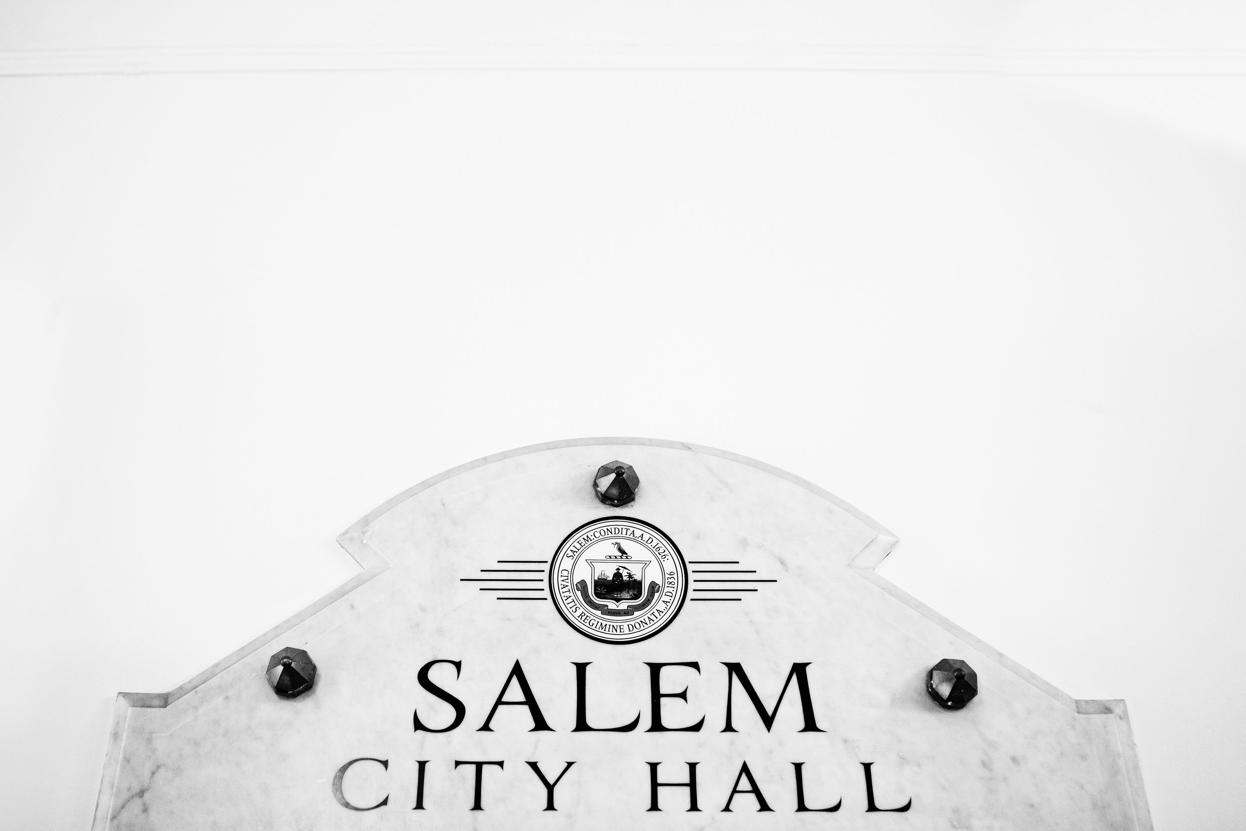 Salem-ma-city-hall-wedding-01.JPG