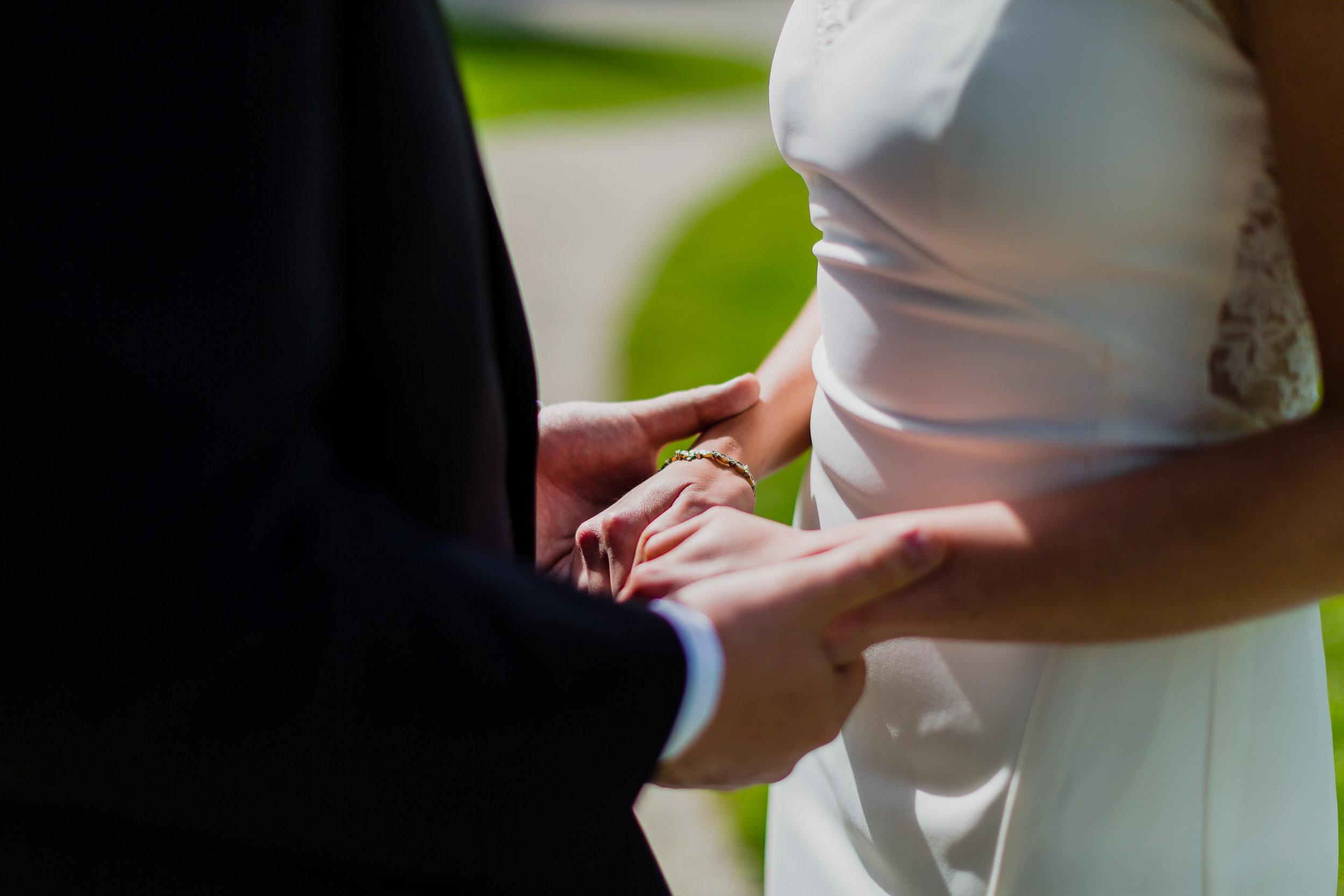 lyman-estate-wedding-photos-00011.jpg