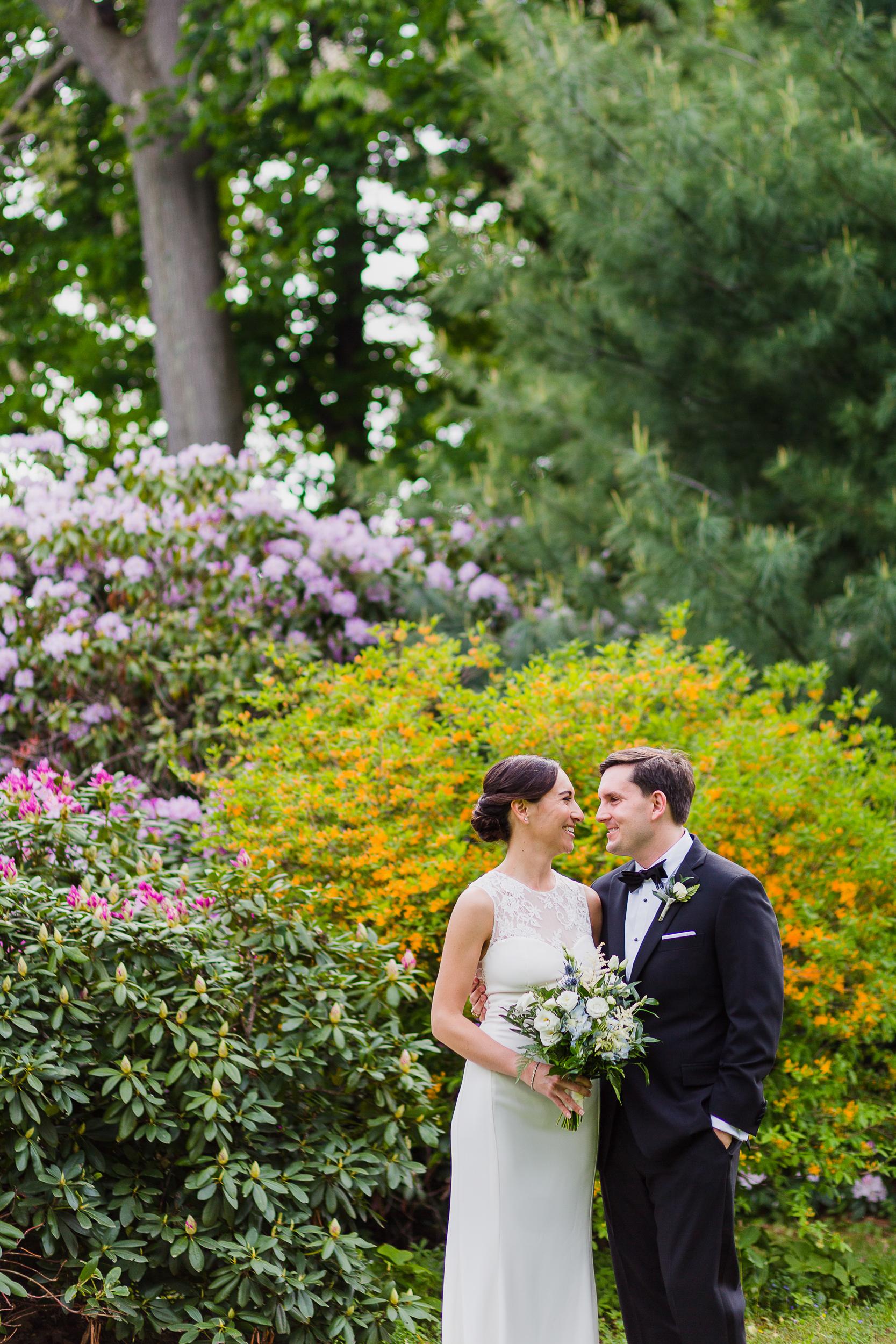 lyman-estate-wedding-photos-00012.jpg