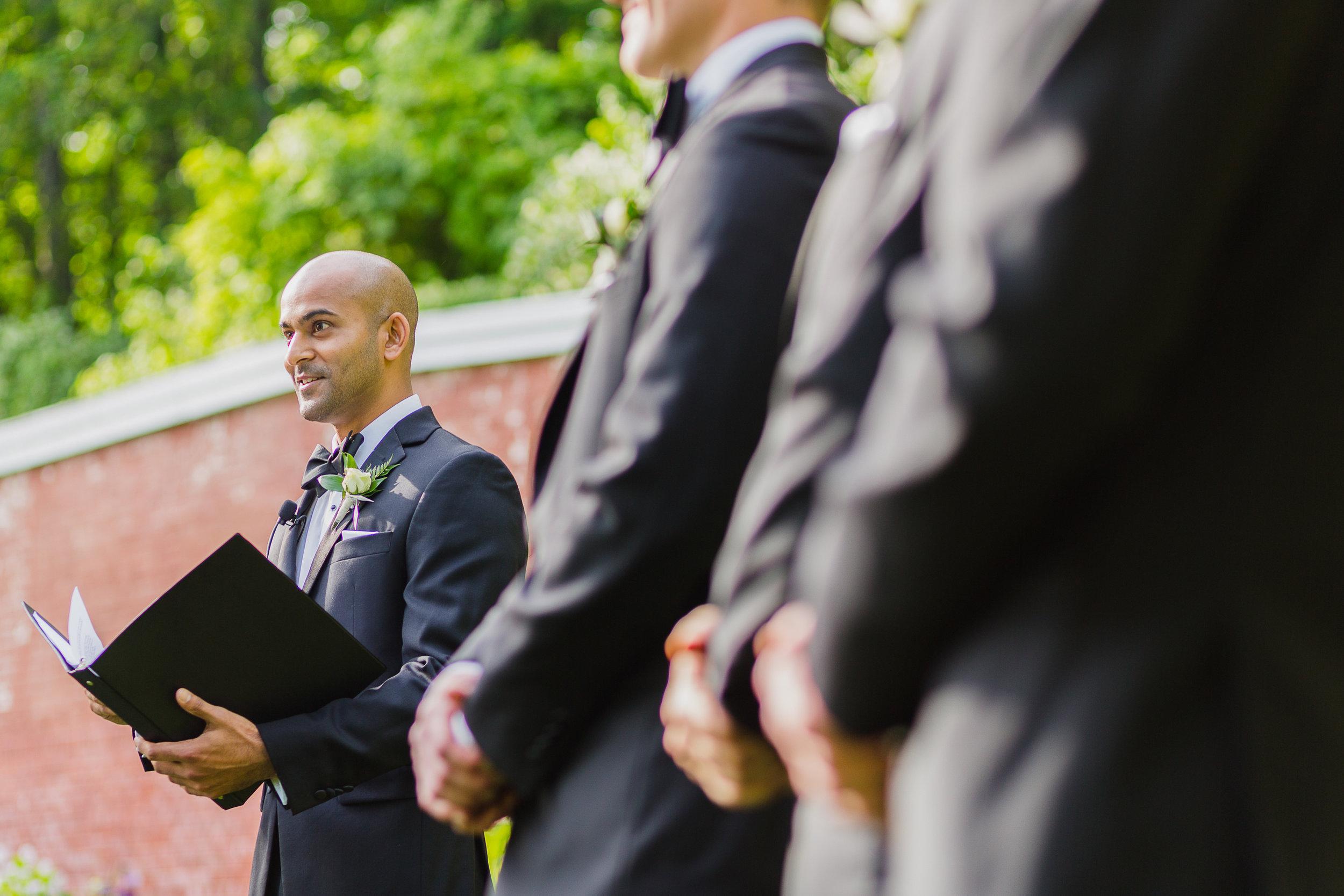 lyman-estate-wedding-photos-00018.jpg