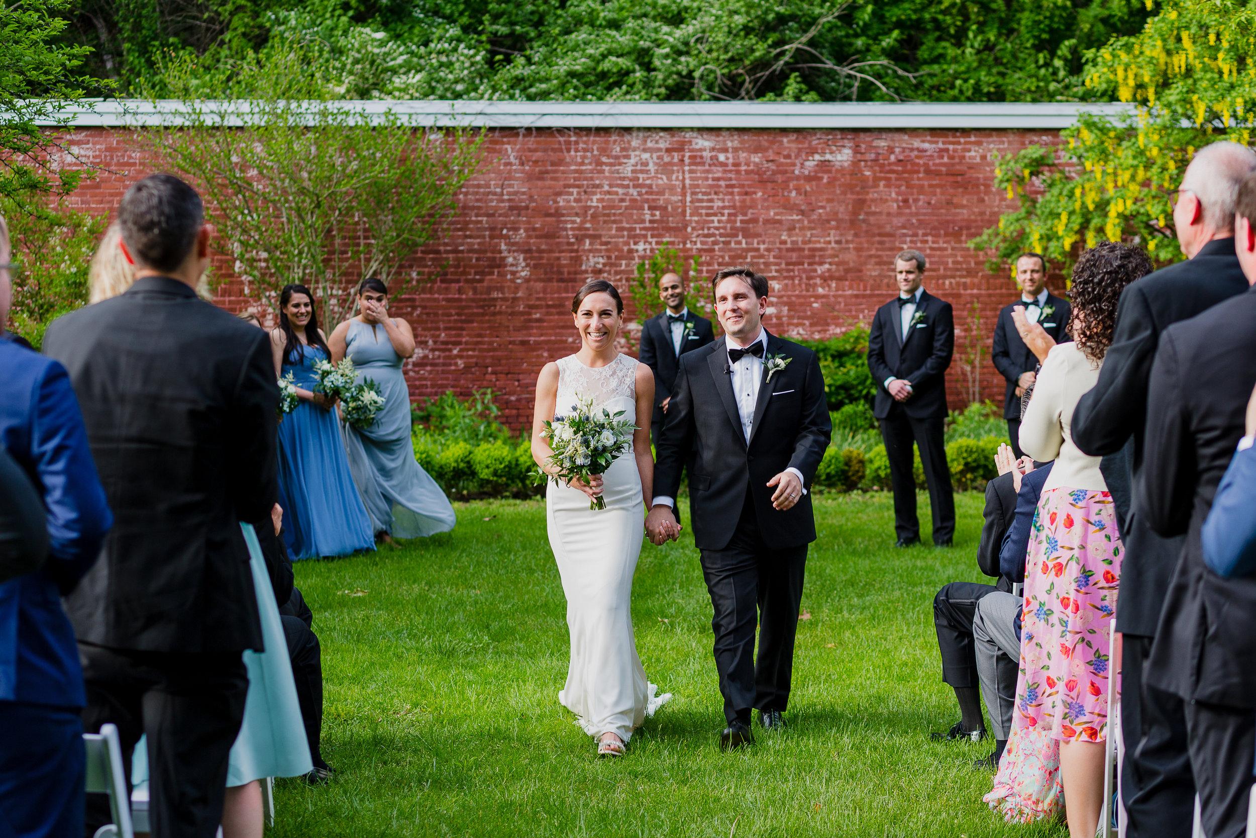 lyman-estate-wedding-photos-00021.jpg