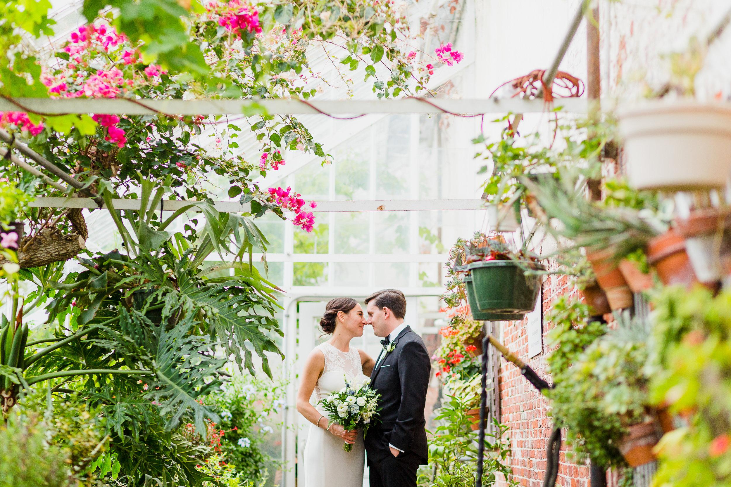 lyman-estate-wedding-photos-00026.jpg