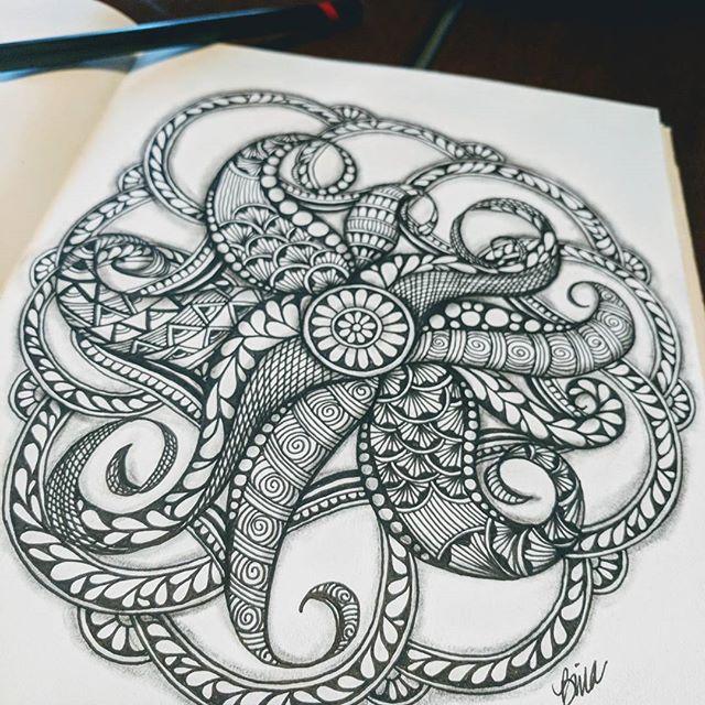 Playing with patterns and colors  #zentangle #lovezen #zendoodle  #zenart #artgallery #artstagram #inkartist #ink #freehand #sketch #instartpics #instagram #mandalas #mandala #mandalamaze #zentanglekiwi  #mandalauniverse #mandalala #zen #drawing #colors #zendala #artistoninstagram