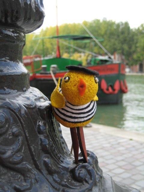 Pulcina by Canal Saint Martin