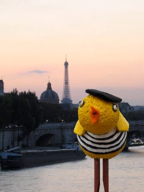 Pulcina by the Seine