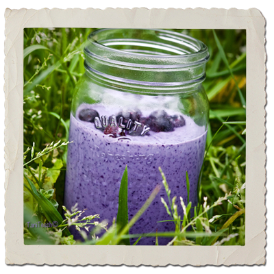 Tofu, Blueberry & Cashew Smoothie