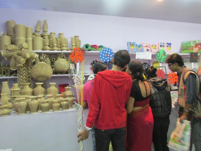 handicraftsfair_5.jpg