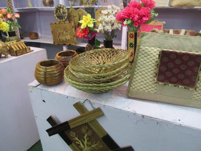 handicraftsfair_104.jpg