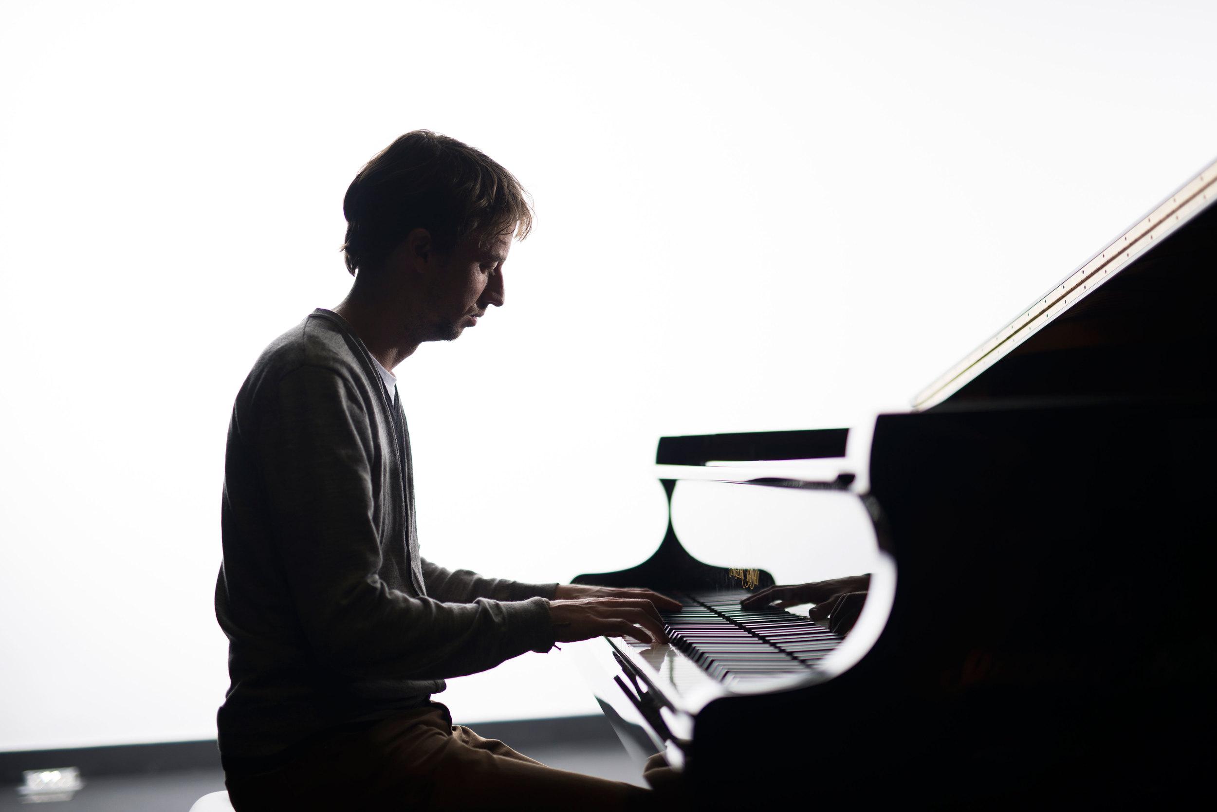 Sean Foran  Piano
