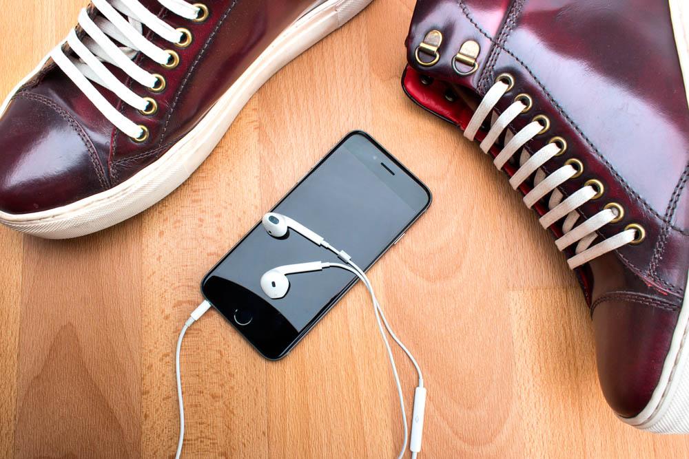 Pod-cast-Tablet-Bordo.jpg