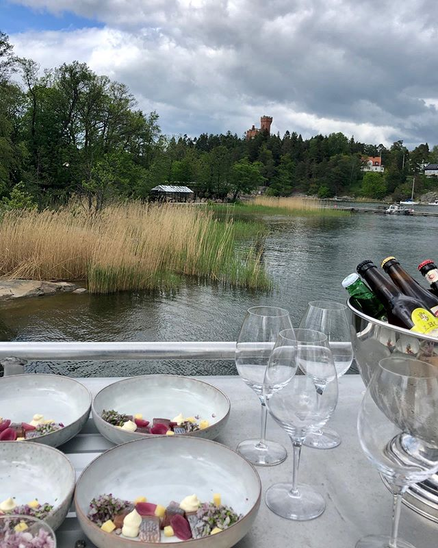Chef-on-board at the rooftop terrace #chefonboard #stayinthemarinecabin #visitstockholm #lovemyview #weekendgetaway