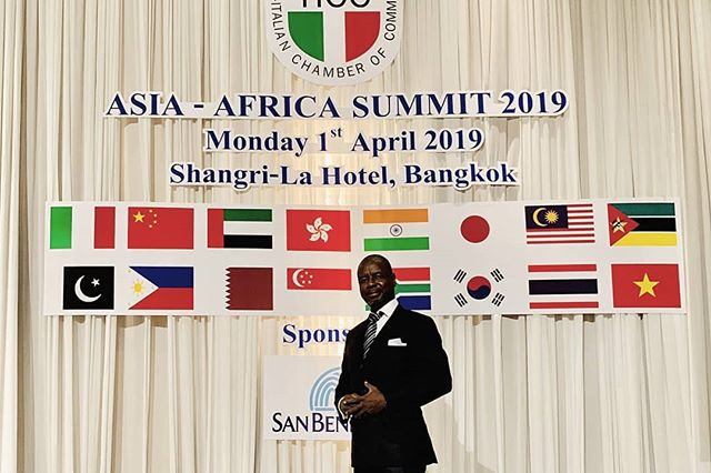 Dr. Roland Amoussou co-founder and President of Asiafrica foundation attended the Asia-Africa Summit 2019 organized by the Thai-Italian Chamber of Commerce on 1st April 2019 at Shangrila-La Hotel, Bangkok.  The event aims at providing insights and information discussing potential business opportunities in Asian and African countries. Ms. Duangjai Asaeachintachit Secretary General of the Board of Investment of Thailand presented an overview about the new legal framework for investment between Thailand and foreign countries. Dr. Roland raised the issue of payment difficulties for African importers and absence of FTAS or Tax treaties with the African nation.  The summit was concluded with very fruitful networking and b2b meetings with representatives of Italian chambers of commerce in Vietnam, Mozambique, Pakistan, China, UAE, Philippines. Interesting cooperation project under the belt and road initiative was discussed with China- Italy Chamber and Asiafrica Foundation.