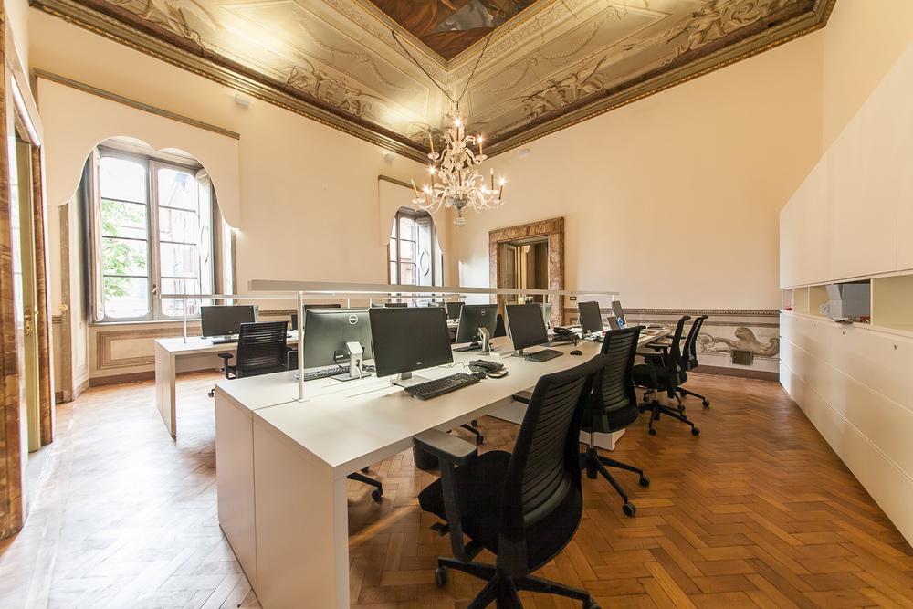 jessica-klatten-italy-france-engel-und-voelkers-office-5.jpg
