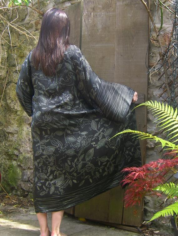 Silk Kimono - Black Birds