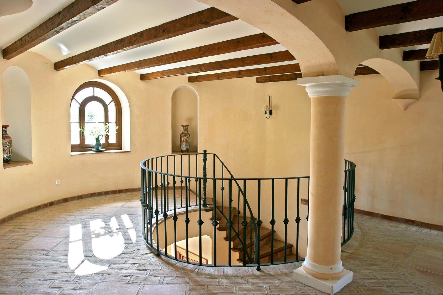 Raumgestaltung Treppenaufgang Turmzimmer