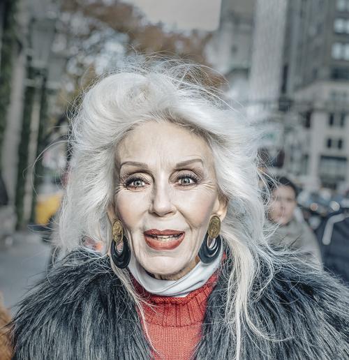 white+hair+lady.jpg