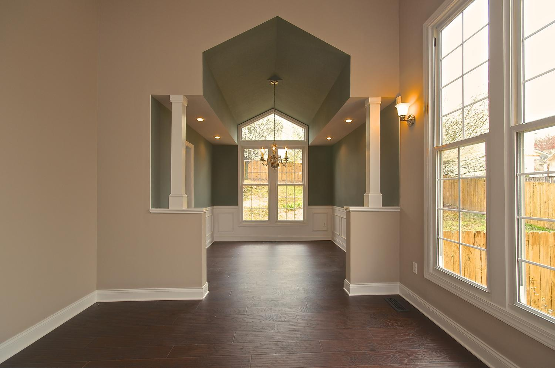 2707 Bakertown Rd Knoxville TN-large-007-Living Room-1500x994-72dpi.jpg