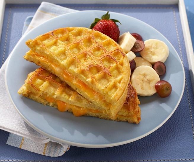 egg & cheese waffle sandwich