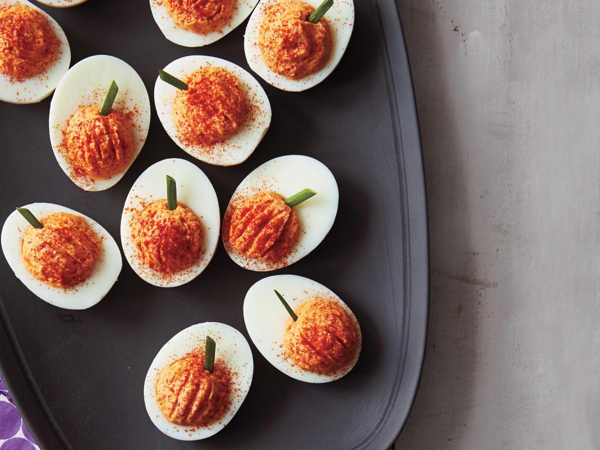 roasted-red-pepper-deviled-eggs-ay.jpg