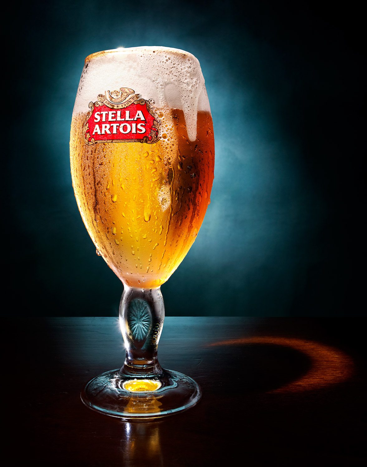 008_1_Still_Life_Product_Photographer_Pedersen_drink_advertising_beer_lager_stella_bar_pub_alcohol_artois_liquid.jpg