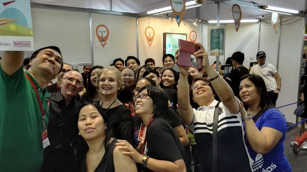 Harold and Darlene Sala at the Manila International Book Fair last September