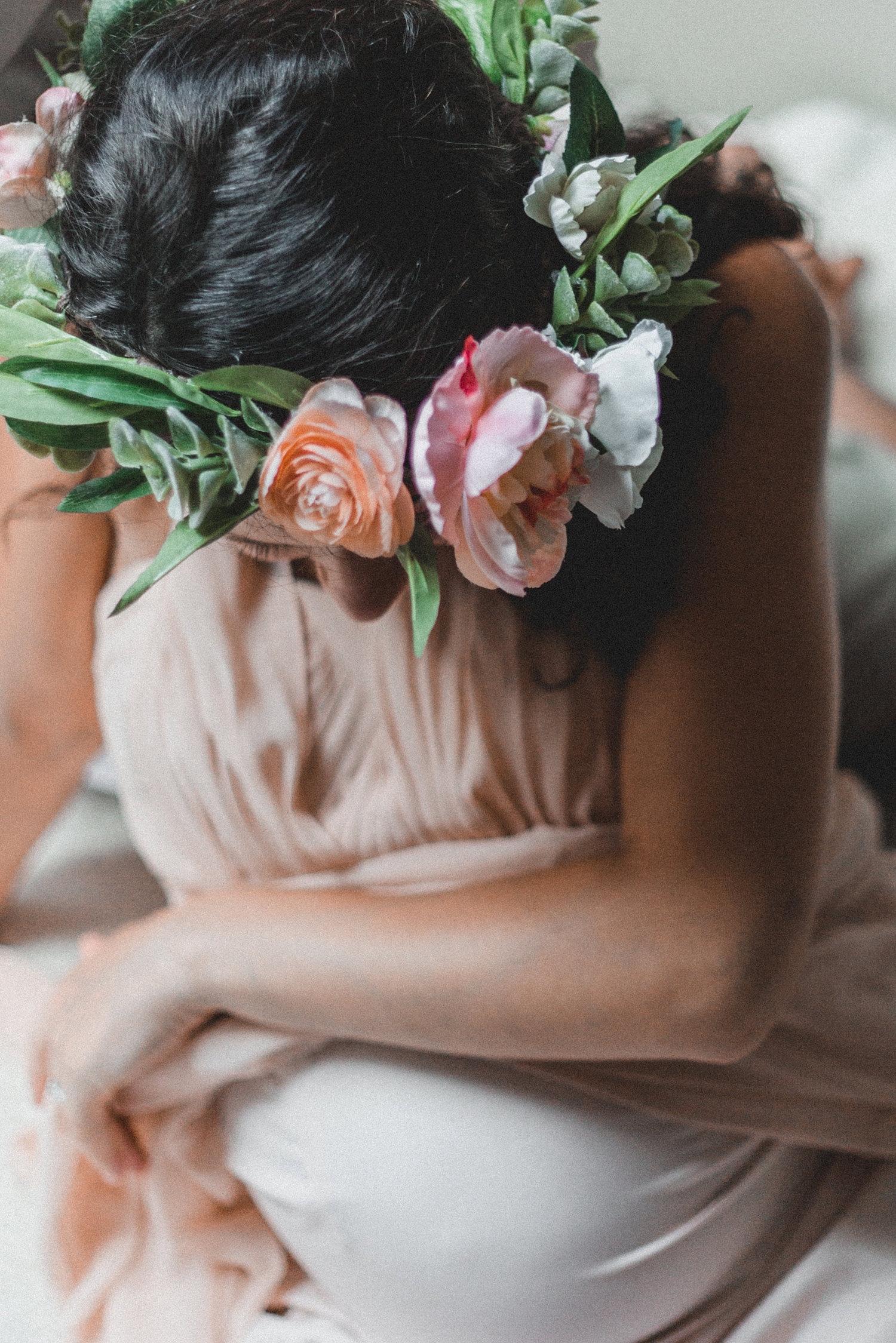 Maternity Flower Crown Shoot_0026.jpg