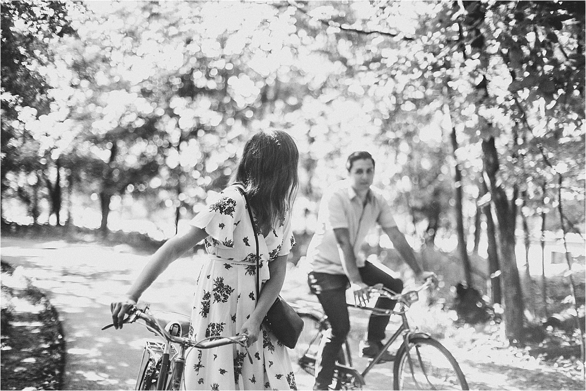 Vintage Bicycle Engagement Shoot_0004.jpg