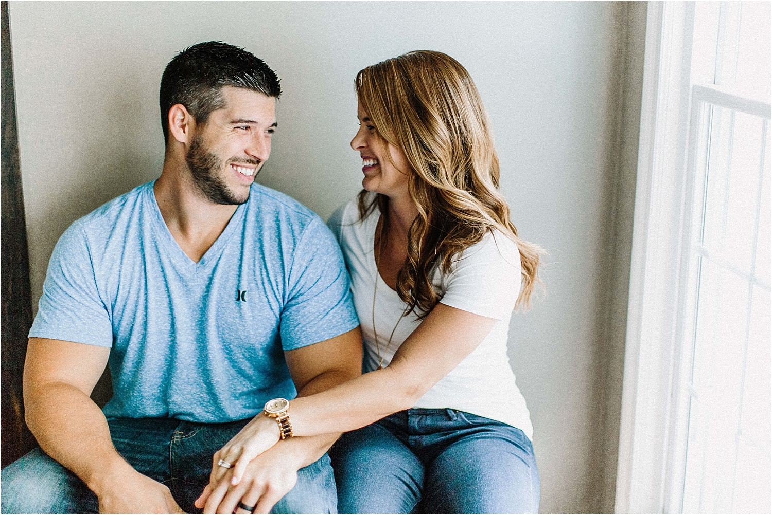 Intimate Home Engagement Session_0002.jpg