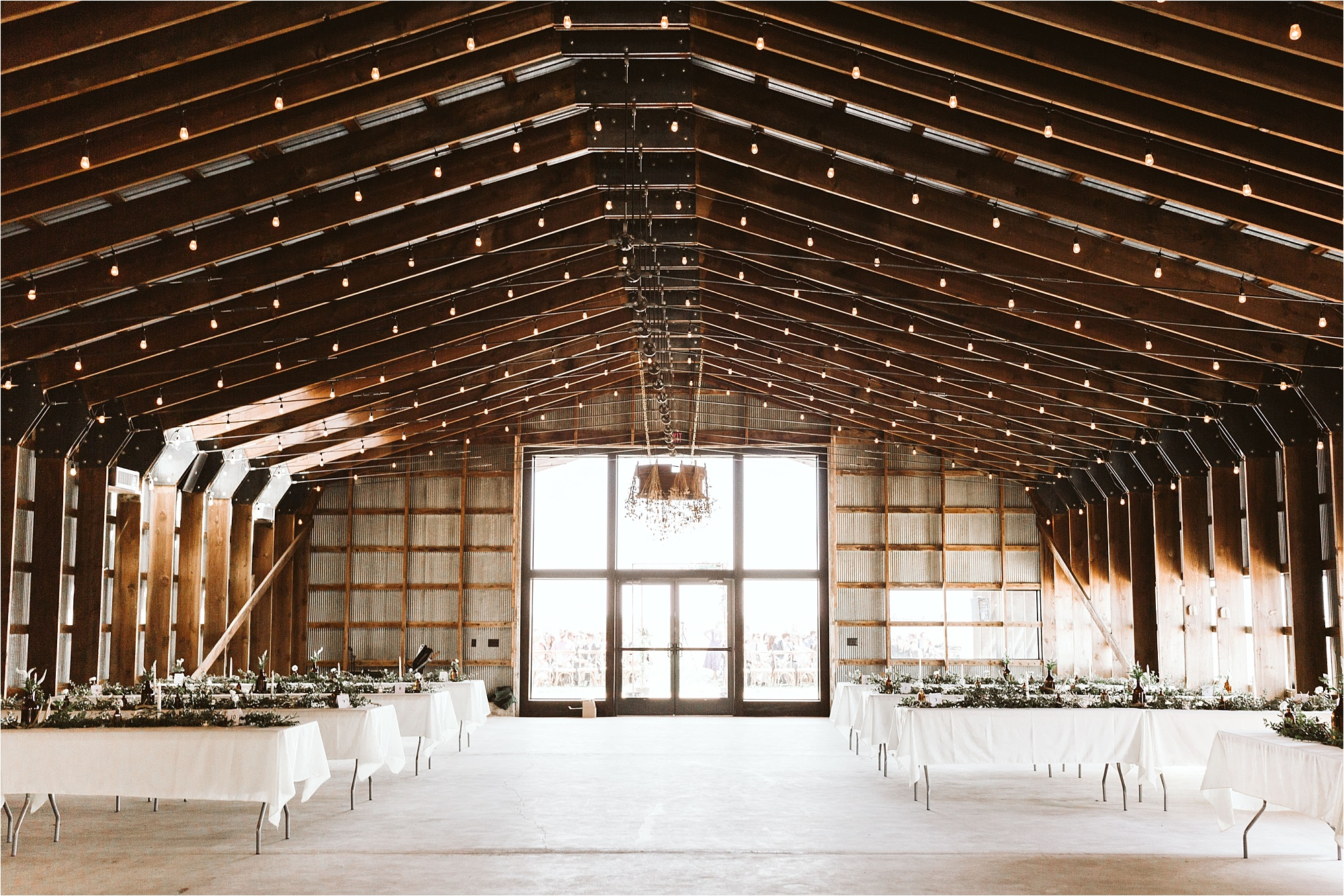 Champaign Illinois Barn Wedding_0095.jpg