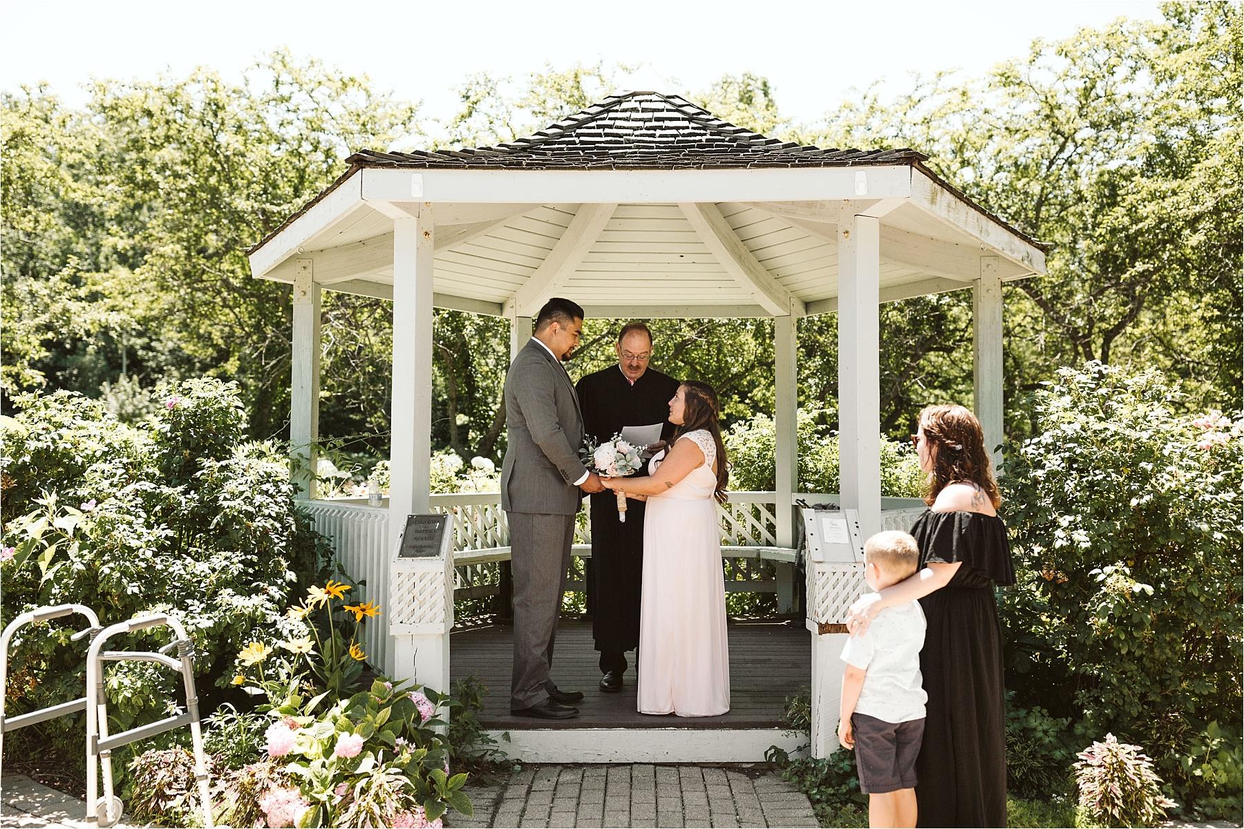 Valparaiso Indiana Wedding Ogden Gardens_0152.jpg