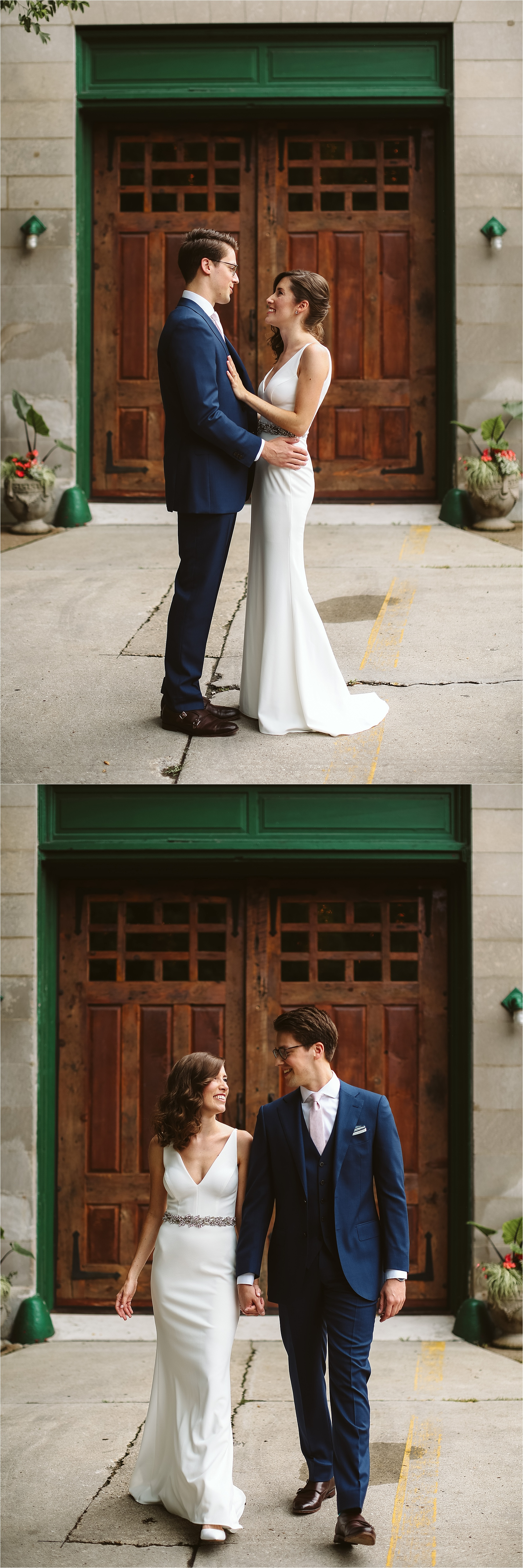 Intimate Firehouse Chicago Wedding_0011.jpg