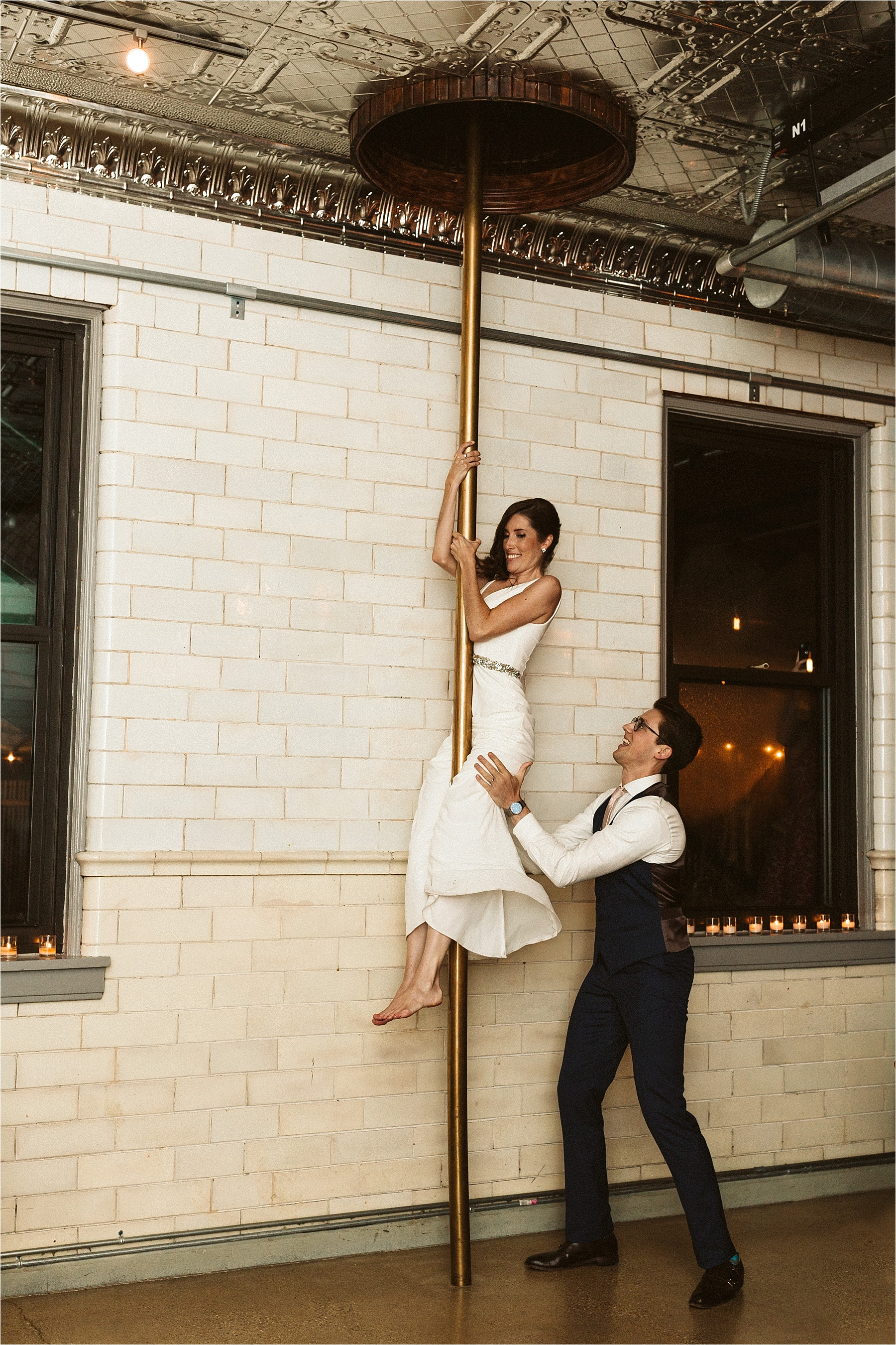 Intimate Firehouse Chicago Wedding_0080.jpg