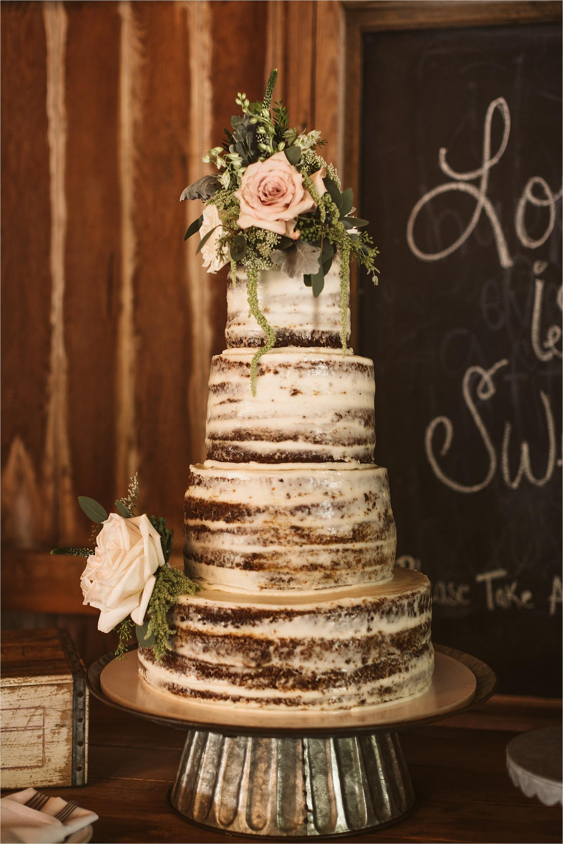 Hidden Vineyard Michigan Wedding_0145.jpg