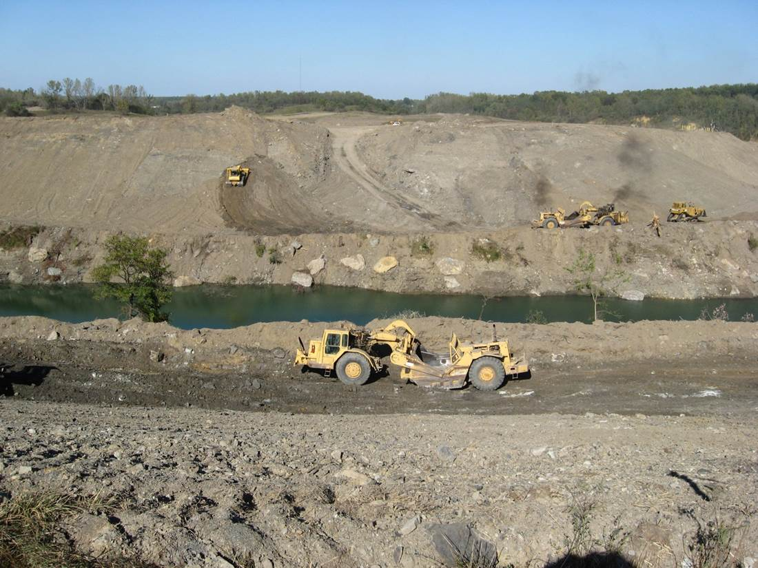ALCOA Y-Pit Mining (4).jpg