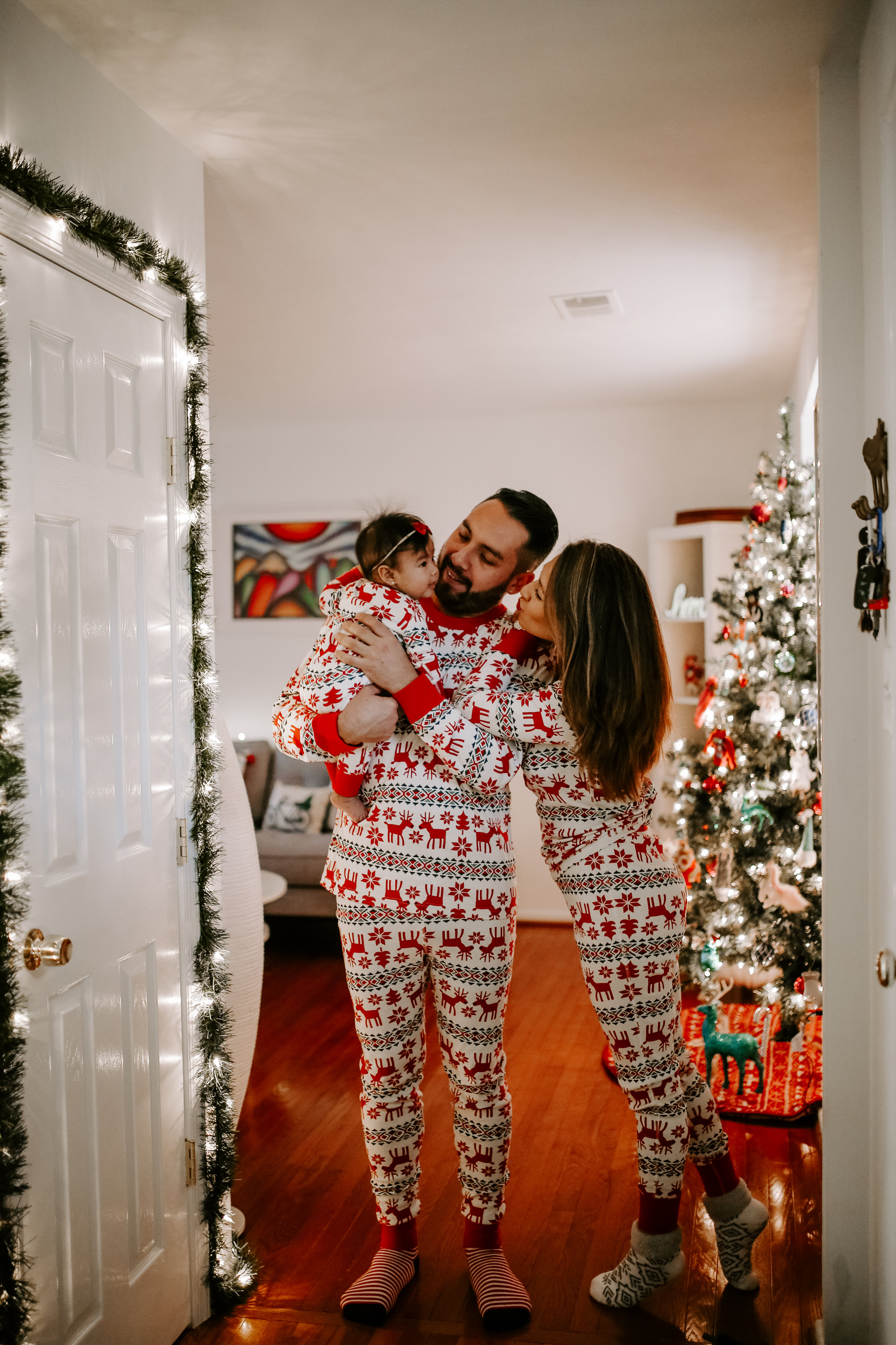 LizAlan_Christmas_2018-32.jpg