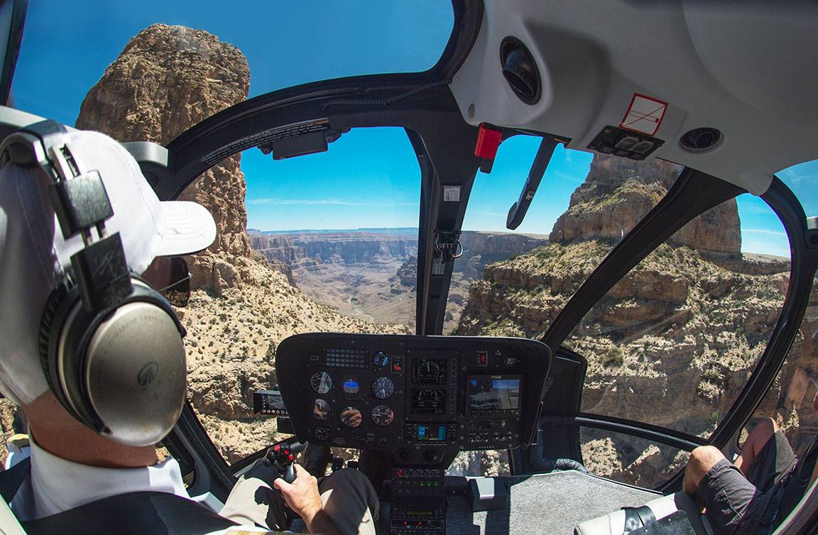 Maverick Grand Canyon Helicopters.jpg