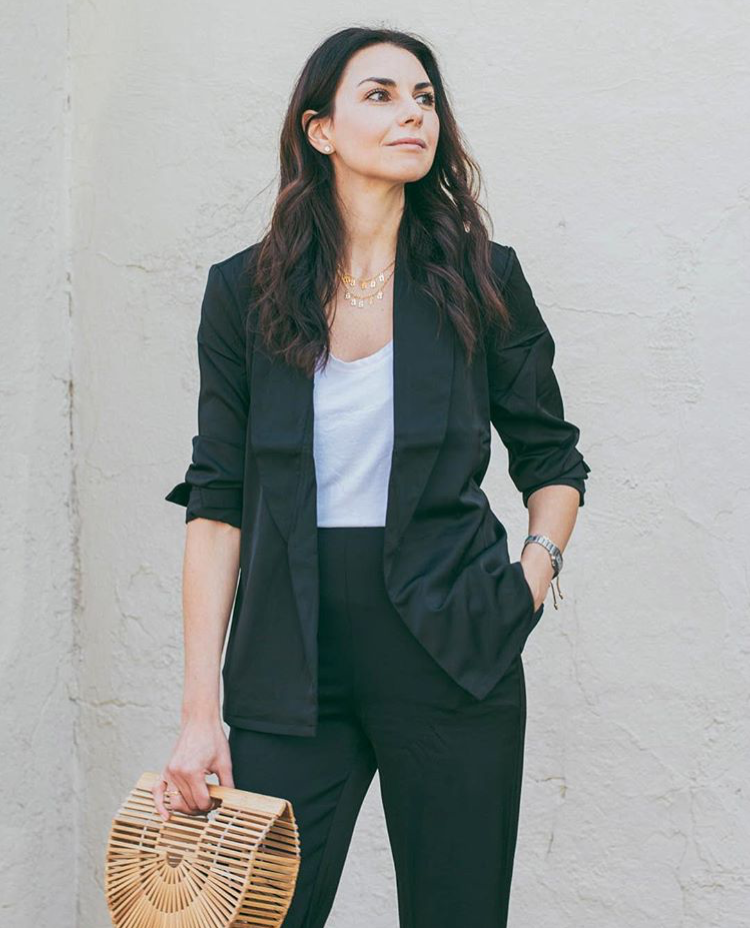 Stella from The Hearts Dlite - Stella's look is a little more dressy with a blazer but still effortless and comfortable