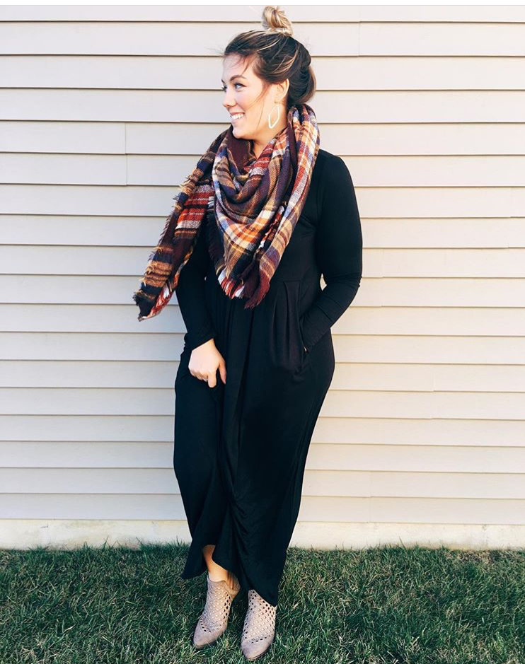 Aubrey from That's What She Eats - A comfy jersey dress with a blanket scarf? Yes please. So hygge.